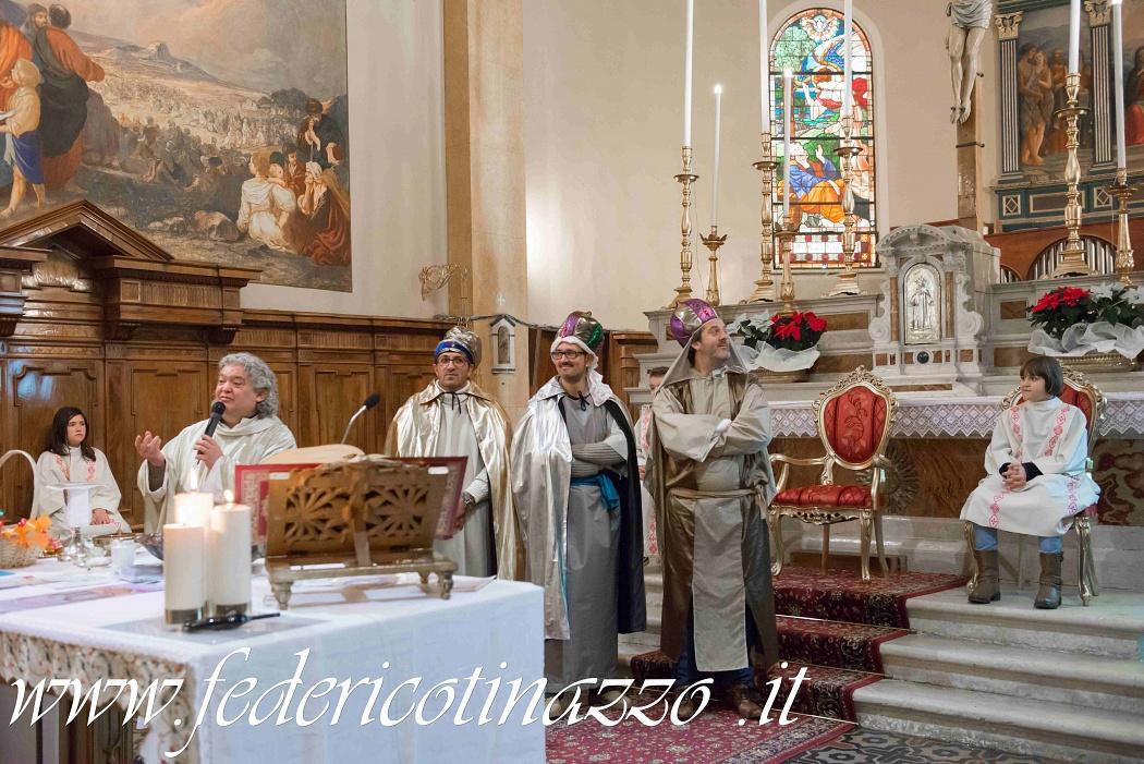 Rappresentazione vivente del Presepio nella Chiesa di Villa d'Adige,