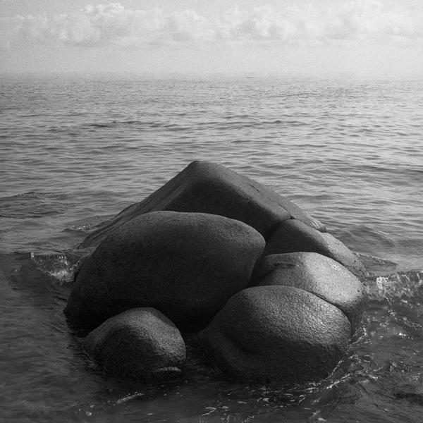 2018 Italy, Sardinia, stones at sea, img6Z066291